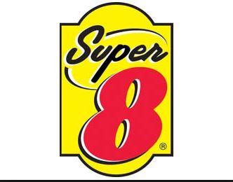 Super 8 Dauphin